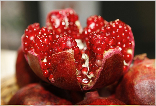 Pomegranate Fruit  Food Red Fruit, Vitamins  Healthy