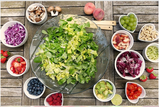 salad and fruits photography